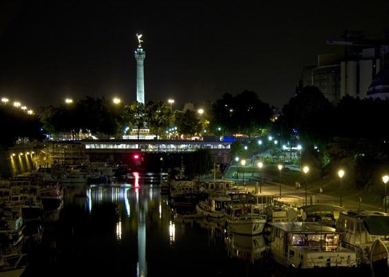 Photo port de l 39 arsenal bastille de nuit photos de paris - Port de l arsenal bastille ...