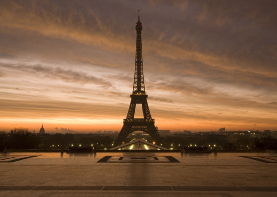 Photo of the Eiffel Tower from the Trocadero © Emerecan Dogan